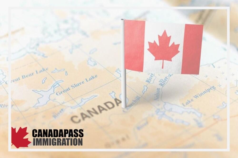 ساختار سیاسی کانادا به چه شکلی است؟