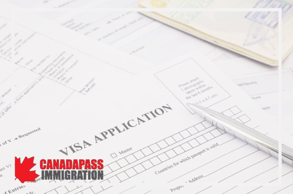 پر کردن فرم درخواست ویزای کانادا