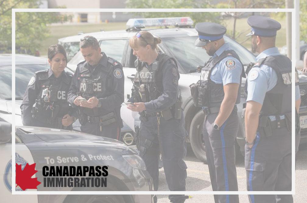 شرایط پلیس شدن در کانادا